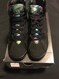 9245b5cfe94 Used pair of black Air Jordan basketball shoes with box for sale in ...