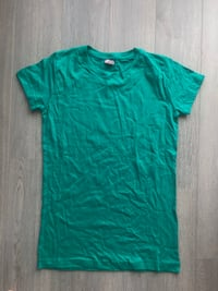 NEW Green Round Neck T-Shirt Markham, L6B 1N4