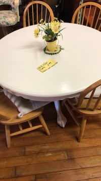 Solid Oak Painted Pedestal Table White