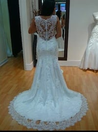 Stunning Wedding Dress Pickering, L1X