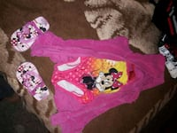 Size 3T girls swimsuit with cover and shoes Olivehurst, 95961