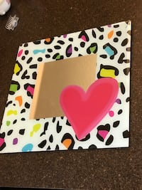 White and pink heart photo frame