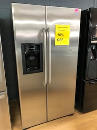 GE stainless steel side by side refrigerator  Woodbridge, 22191