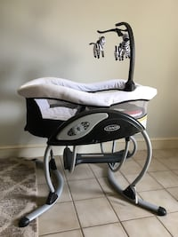 Baby glider. Great for infant sleep Alexandria, 22314