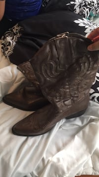 pair of black leather cowboy boots Waldorf, 20602