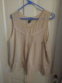 Ninety beige top Size XL has light tank for under neath Hagerstown, 21740