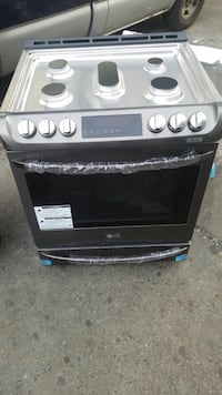 New Samsung slid in Gas Stove