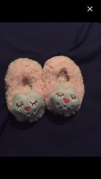 New baby slippers size 2 Montréal, H4E 1M6
