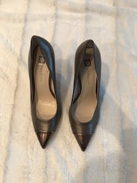 pair of black leather pointed-toe heeled shoes 778 km