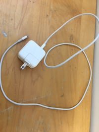 Apple  iPhone charger. Like new. $15 Firm.  Markham, L3R 7P3