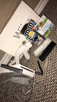 Wii system with games and two remotes Westlake, 70669