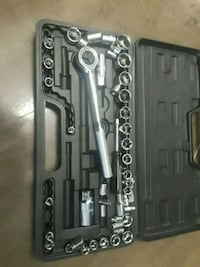 black and gray ratchet wrench set Rosemead, 91770