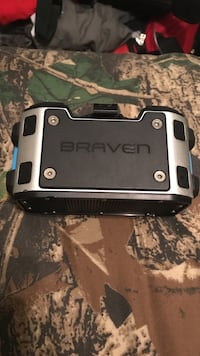 Braven speaker with charger Clarksville, 37042