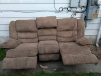 Used couch for cheap Duryea, 18642