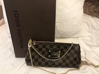 Louis Vuitton Eva clutch Damier Surrey, V3T 1V8