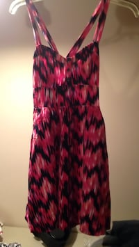 Express size Xs dress. Great condition. Look for more on my page Islip, 11751