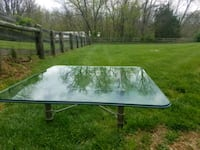 Glass top square coffee table Sharpsburg, 21782