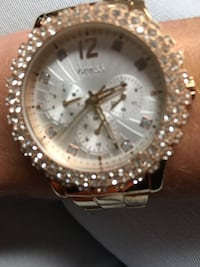 round silver-colored chronograph watch with link bracelet Ottawa