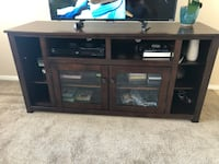 Dark brown wooden TV stand  North Las Vegas, 89030