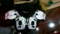 Viper football shoulder pads + under pad +neckroll Pickering, L1V 3X8