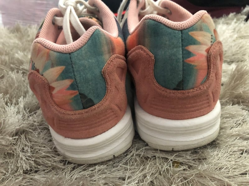 Limited addition sunset colors Adidas 6.5 79796552-48c4-4a17-823a-697a4cb31c04