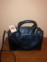 Coach Purse: MINI BENNET  BETHESDA