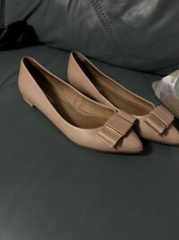 pair of white leather pointed-toe heeled shoes Toronto, M9V 2H8