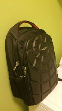 black and gray Under Armour backpack Kenmore, 98028