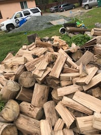 Eucalyptus Fire Wood (Toyota bed of wood delivered within 10 miles)