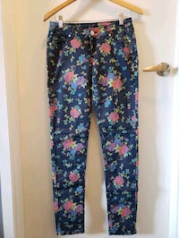 New Printed Jeans Size 5/6