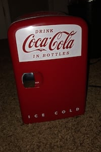 4 can coke fridge Papillion, 68046