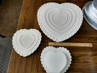 Wilton heart shaped pans and cake stand Wayland, 49348