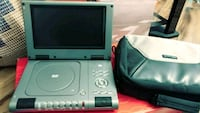 Mini dvd player with carrying case Alexandria, 22304