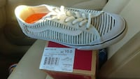 Brand new womens vans  size 10