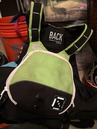green and black pet carrier Frederick, 21703