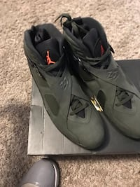 Jordan retro 8 (undefeated)