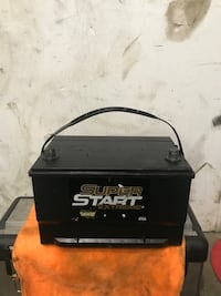 Trucks battery like new very strong  Dallas, 75212