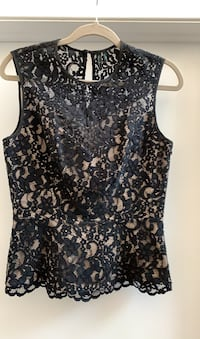 Guess top new size 6 Gatineau, J8T 5N7