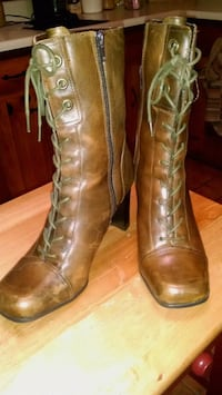 Brown leather boots Bristol, 37620