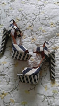Jessica Simpson High Heels 5.5 Berlin Center, 44401