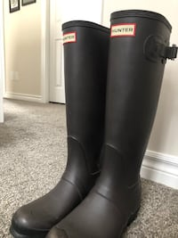 Dark Slate Hunter Boots tall rain boots size 7.  Kitchener, N2H 0H5