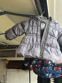 gray zip-up bubble jacket Virginia Beach, 23464