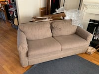 Matching couch and recliner you pick up  Columbus, 43205