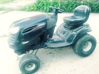 Powerful riding lawnmower//with tire & shovel atta Detroit, 48202
