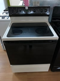 GE black electric stove  Woodbridge, 22191