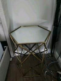 Mirrored Sidetable (pair) Markham, L6C 2R5
