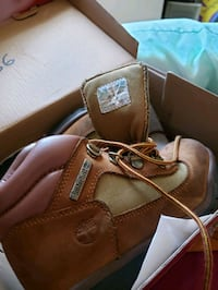 Womens Timberlands Size 13 boots