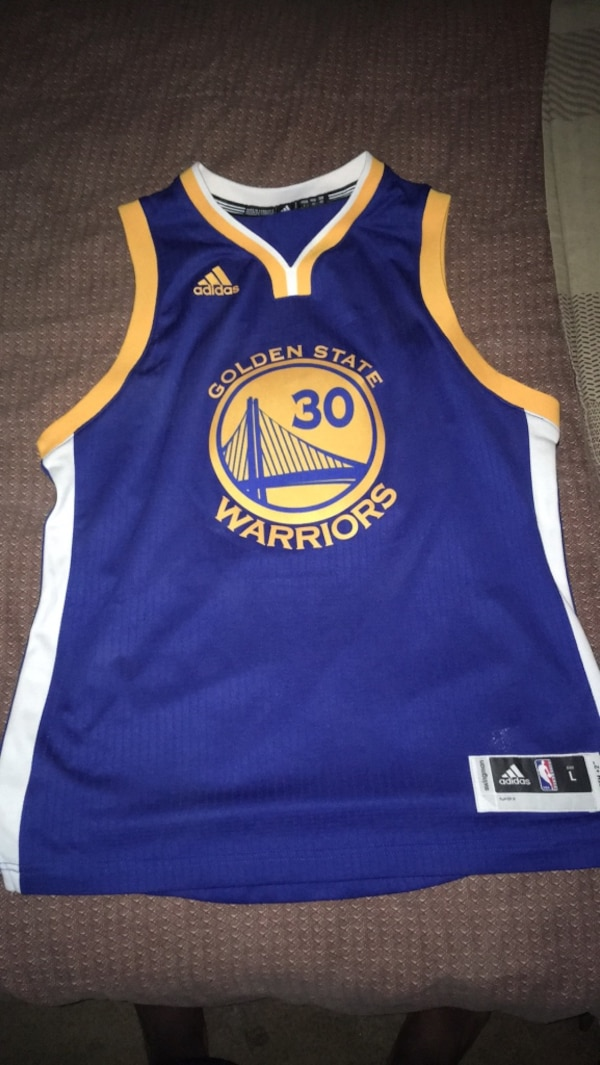 hot sale online 0c31f a75ce Golden State Warriors Curry 30 Jersey (never worn)