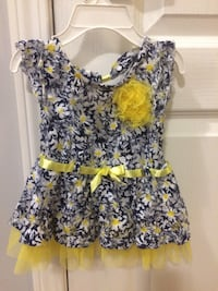 women's black and yellow floral sleeveless dress Innisfil, L9S 0C7