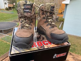 Camo Hunting boots-youth size 5